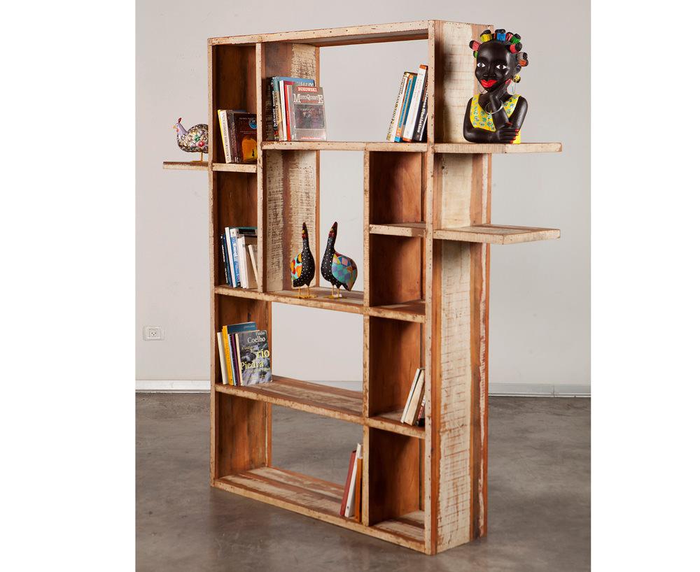 ספריות מעץ מלא