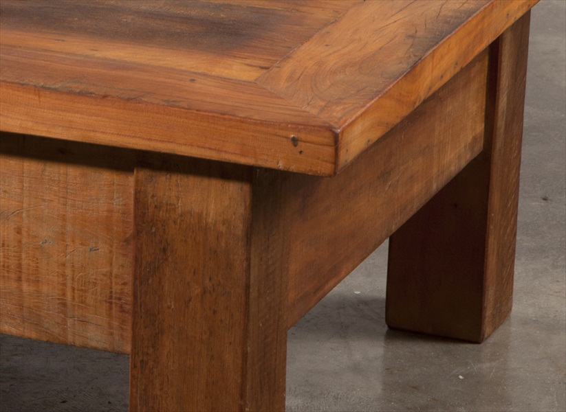 שולחן סלוני מעץ מלא2