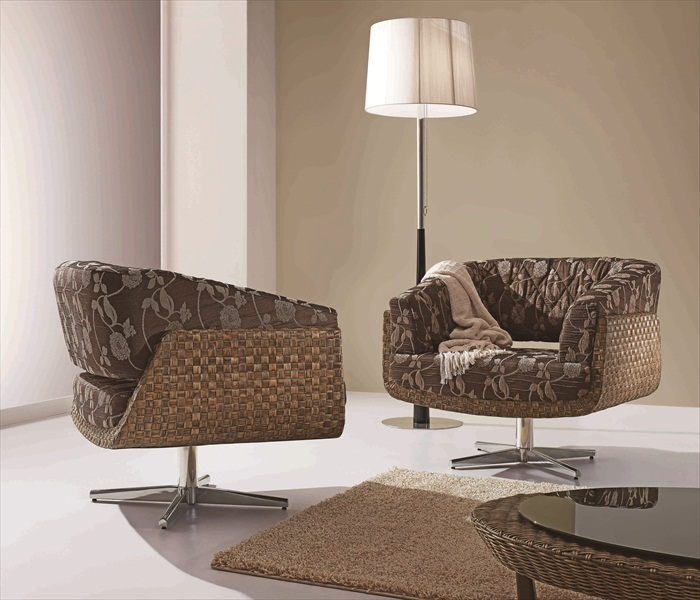 זוג כיסאות אמריליס מעוטרים