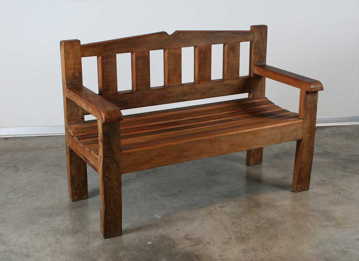 ספסל מסיבי מעץ מלא וממוחזר