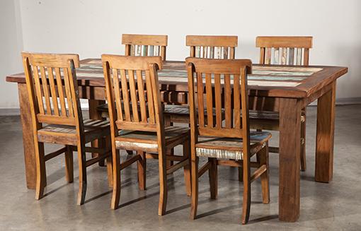 שולחן מעץ ממוחזר