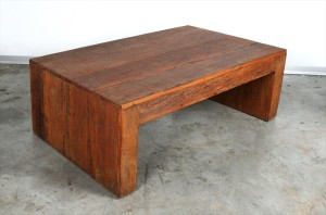 """שולחן סלוני בצורת """"ח"""""""