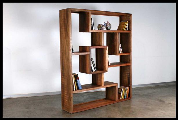 ספריה משוגעת מעץ